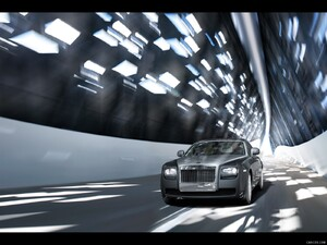 Rolls-Royce Ghost (2010)  - Front Angle  - Picture # 1