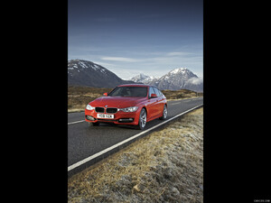 2012 BMW 3-Series UK-Version 320d Sport - Front - Picture # 2