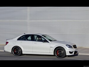Mercedes-Benz C63 AMG (2012)  - Side - Picture # 10