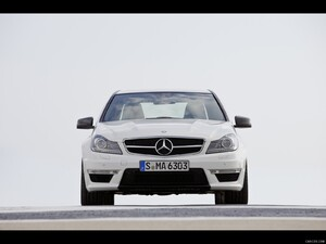 Mercedes-Benz C63 AMG (2012)  - Front Angle  - Picture # 7