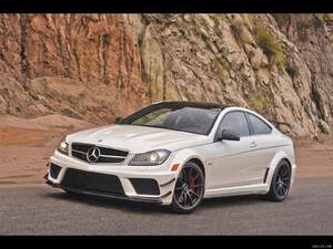 2012 M-Benz C63 AMG Black Series Aerodynamics Package Diamond White  - Front - Picture # 2