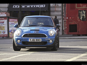 2012 Mini Bayswater  - Front - Picture # 1