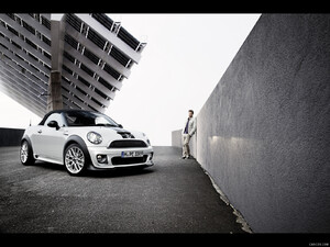 2012 MINI Roadster  - Front - Picture # 242