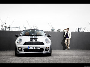 2012 MINI Roadster  - Front - Picture # 243