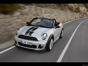 2012 MINI Roadster  - Front - Picture # 3