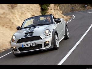2012 MINI Roadster  - Front - Picture # 4