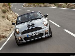 2012 MINI Roadster  - Front - Picture # 5