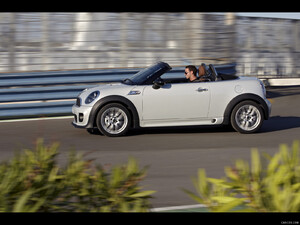 2012 MINI Roadster  - Side - Picture # 74