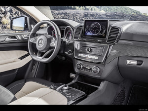 2016 Mercedes-Benz GLE 450 AMG Coupe 4MATIC  - Interior - Picture # 23