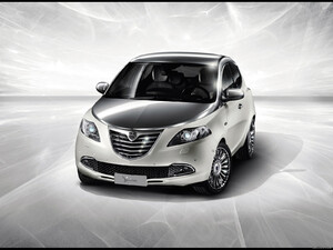 2011 Lancia Ypsilon Diamond Show-Car
