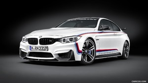 2016 BMW M4 Coupe with BMW M Performance Parts