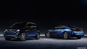 2017 BMW i3 and i8 Garage Italia CrossFade