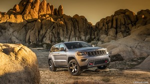 2017 Grand Cherokee Trailhawk and Summit