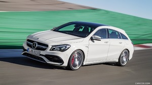 2017 Mercedes-AMG CLA 45 Shooting Brake