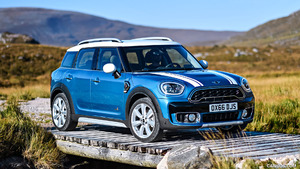 2017 MINI Countryman and Countryman E Plug-in-Hybrid