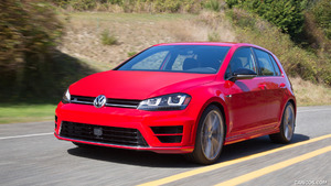 2017 Volkswagen Golf R (US-Spec)