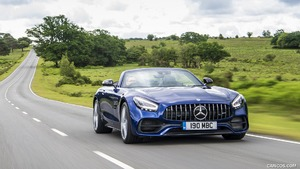 2020 Mercedes-AMG GT Roadster (UK-Spec)