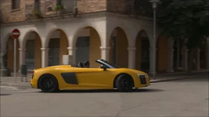 Overview: Audi R8 V10 Spyder (Yellow)