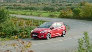 Overview: 2017 Ford Fiesta ST-Line (Euro-Spec)
