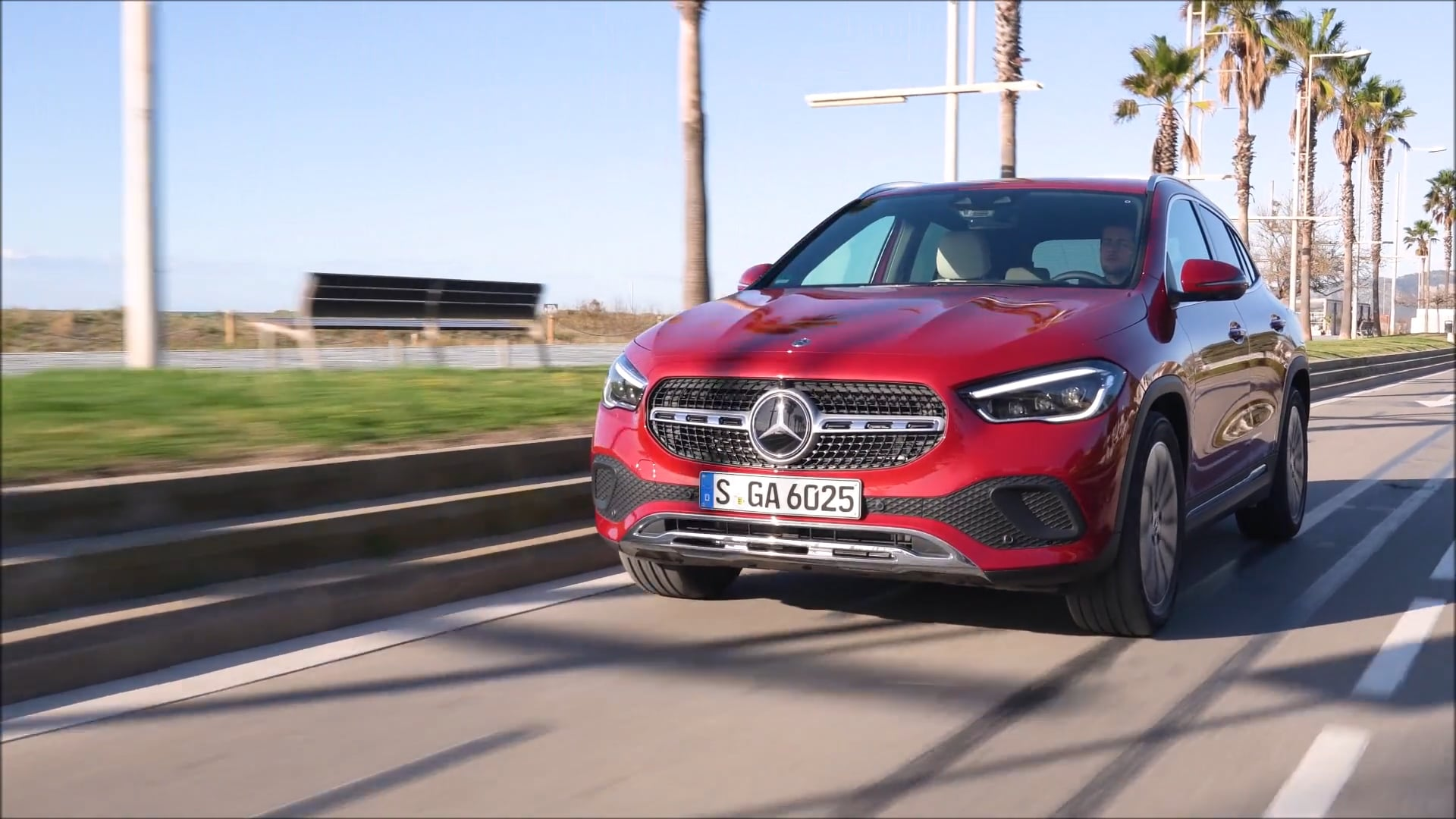 Overview: 2021 GLA 220 d 4MATIC (Patagonia Red)